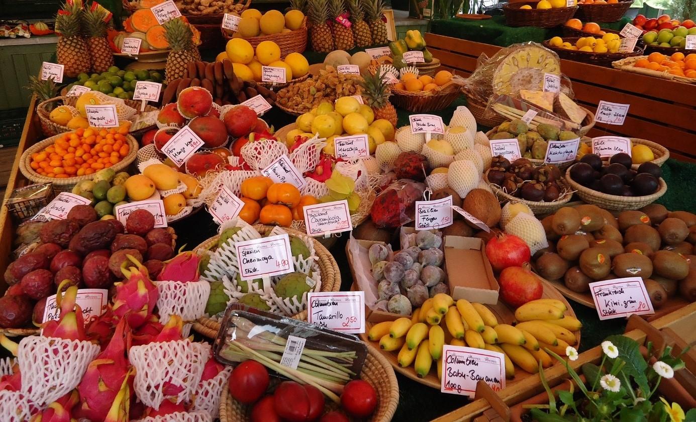 L Ete A La Reunion Saison Des Fleurs Et Fruits Tropicaux